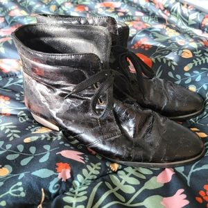Vintage   9   Lace Up Ankle Booties